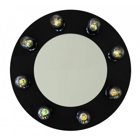 Кръгло грим огледало за селфита с ефект cat eye