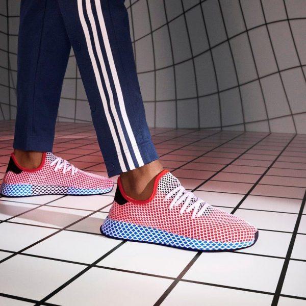Adidas се връща към корените си